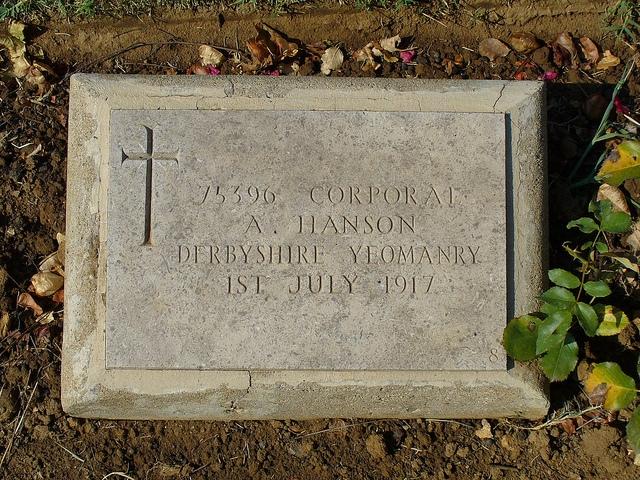 Arthur Hanson's headstone.